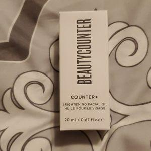 Beautycounter brightening facial oil